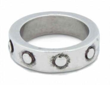 Silver Ring Circles